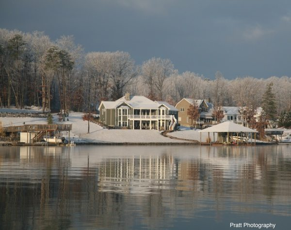 Snow-Covered-Homes